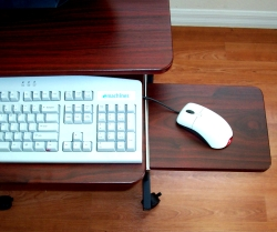 5806 desk with sliding mouse tray